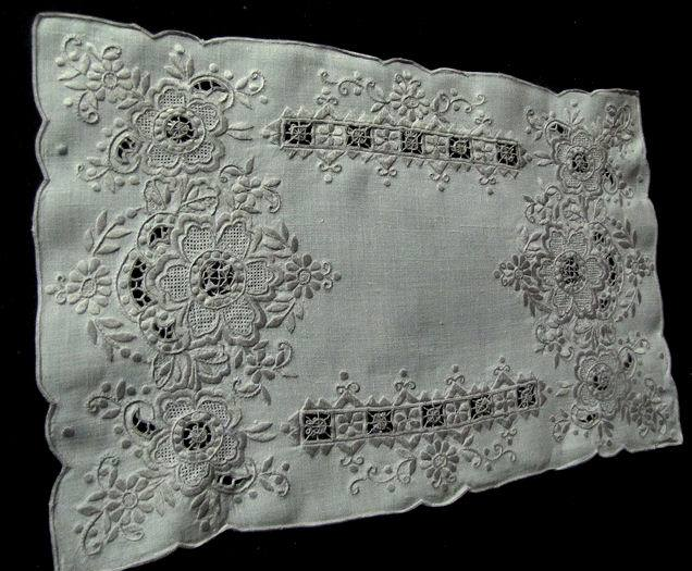 5 vintage handmade linen placemats with lace and embroidery