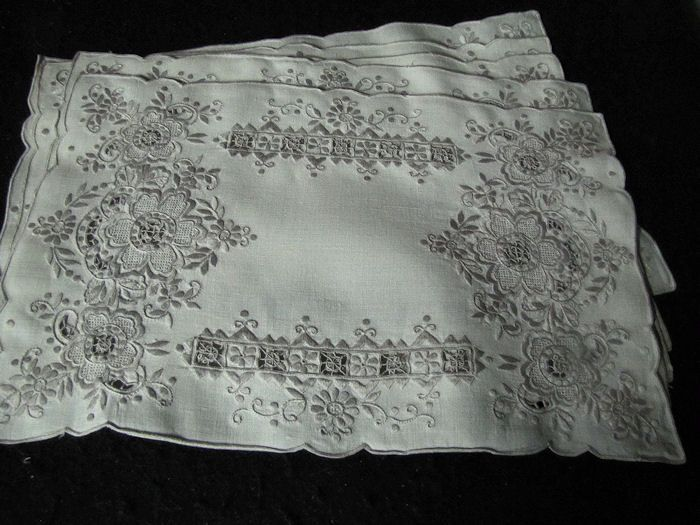 close up 5 vintage handmade linen placemats with lace and embroidery