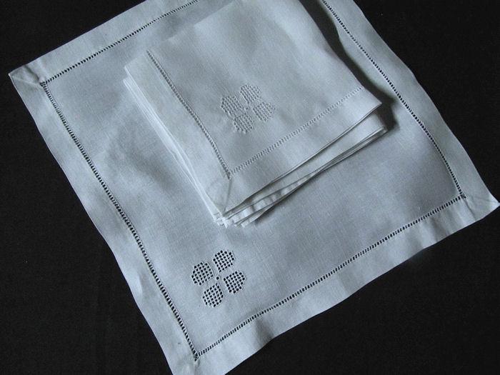 6 vintage white linen dinner napkins