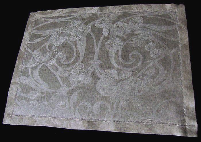 placemat single from Jacquard Francais linens set