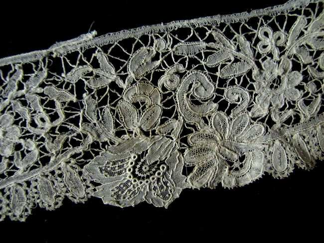 close-up 4 antique Belgian lace trim