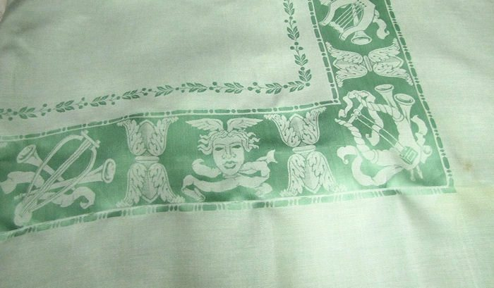 center border of figural damask tablecloth