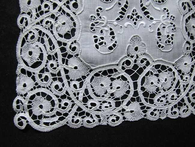 Cantu lace on vintage antique placemats