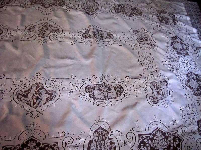 close up 1 vintage banquet tablecloth handmade figural lace and embroidery