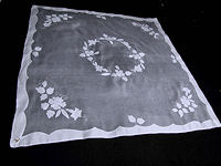 vintage white organdy tablecloth and 6 napkins