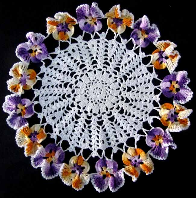 vintage handmade figural lace doily with pansies