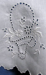 vintage handmade Madeira lace table topper