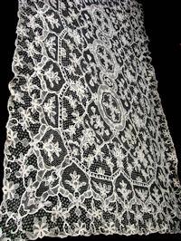 vintage handmade reticella lace tablecloth