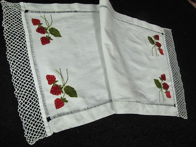 close up 1 vintage antique society silk table runner dresser scarf