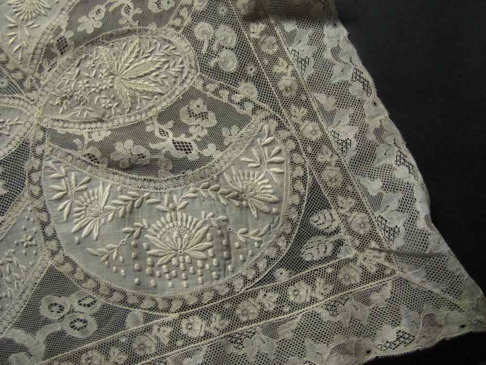 close up 2 vintage antique table runner normandy lace and whitework
