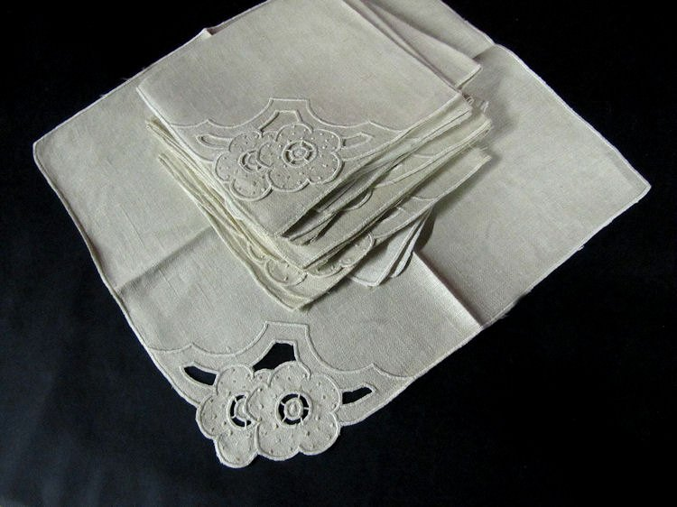 vintage linen napkins with handmade cutwork lace