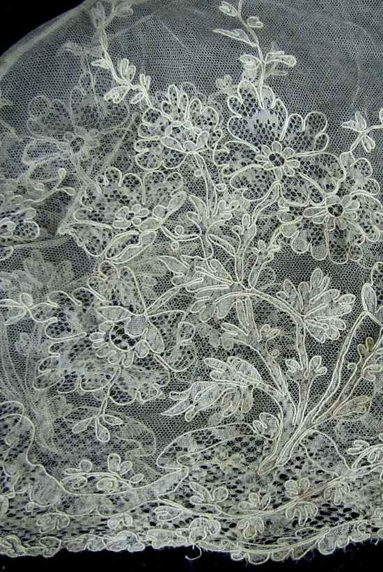close up 2 vintage alencon lace tea cozy cover