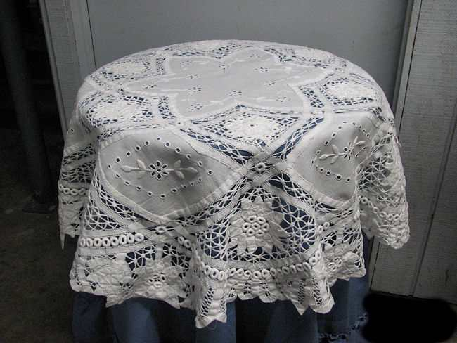 vintage battenberg handmade lace tablecloth