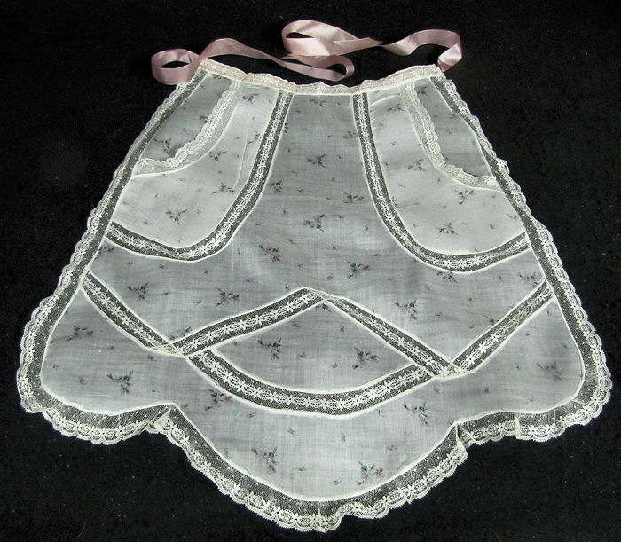 vintage hostess apron French lace