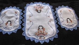 vintage antique 3 piece doilies dresser set handmade lace and embroidery