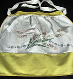 vintage half apron wheat and flowers print