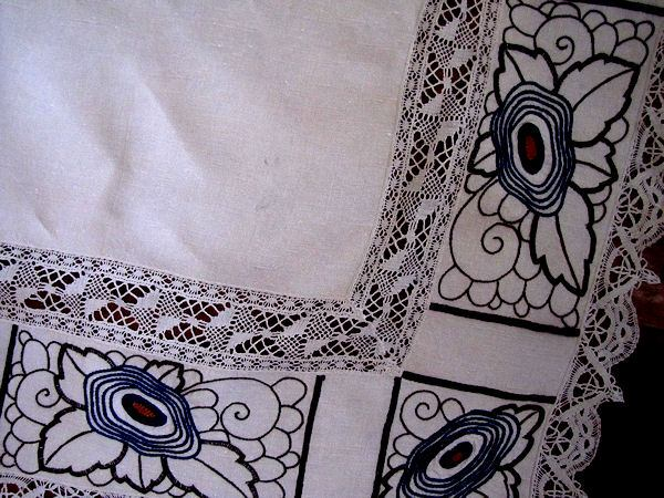 close up 4 vintage antique linen tablecloth with handmade lace and art deco embroidery