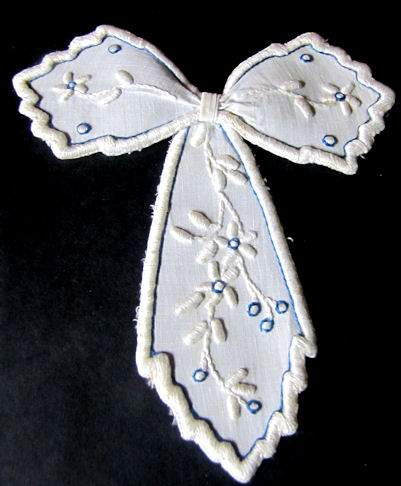 vintage white linen jabot with blue and white hand embroidery