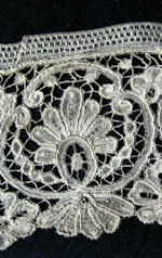 antique handmade duchesse lace trim