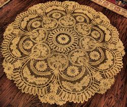 vintage antique handmade Battenberg lace tablecloth