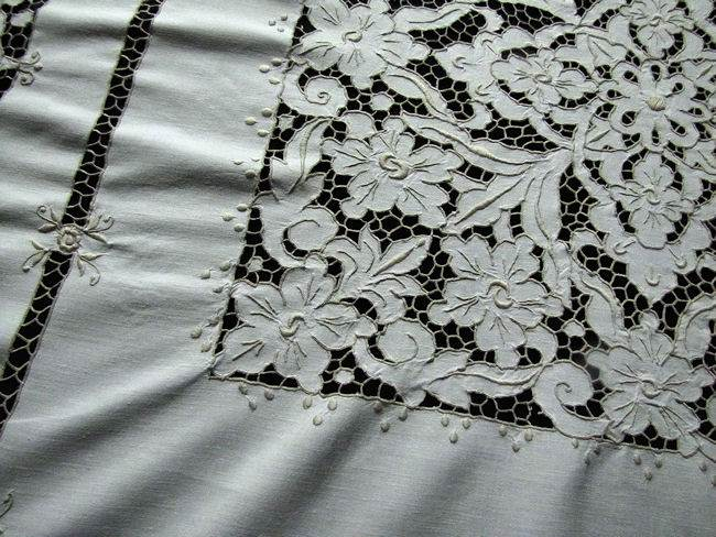 close up 2 vintage antique tablecloth handmade lace and embroidery