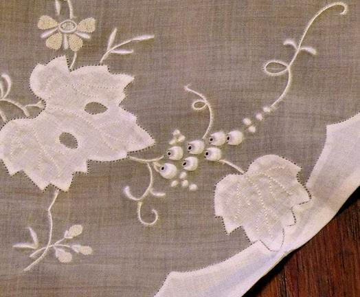 close up 1 vintage round yellow organdy tablecloth handmade