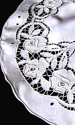 vintage handmade table topper cutwork lace