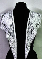vintage antique victorian  lace collar puffy flowers