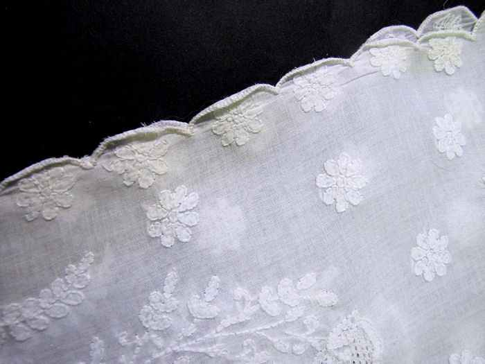 close up 7 vintage antique tablecloth handmade figural lace elephants