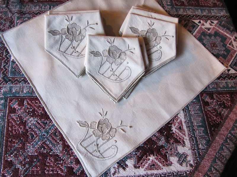 vintage antique linen embroidered napkins