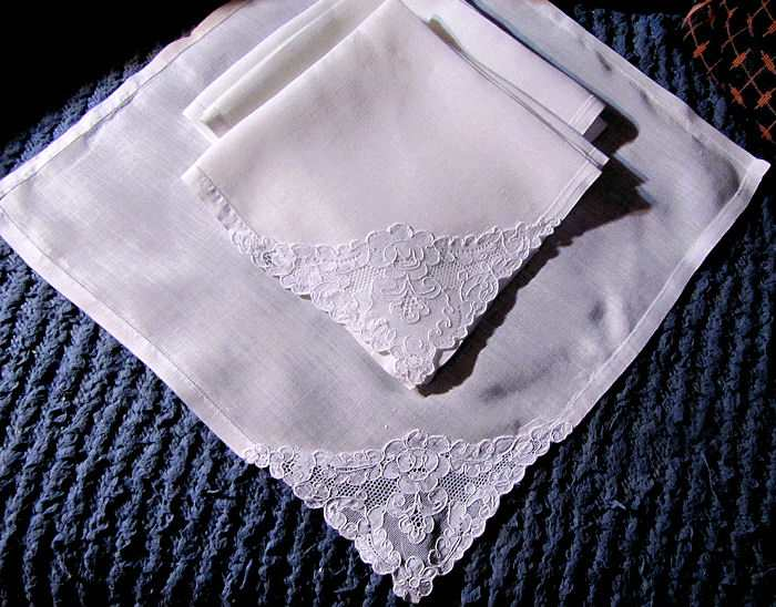 vintage antique napkins white linen Alencon lace