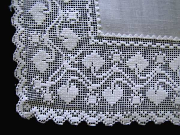 close up 2 vintage figural lace doily