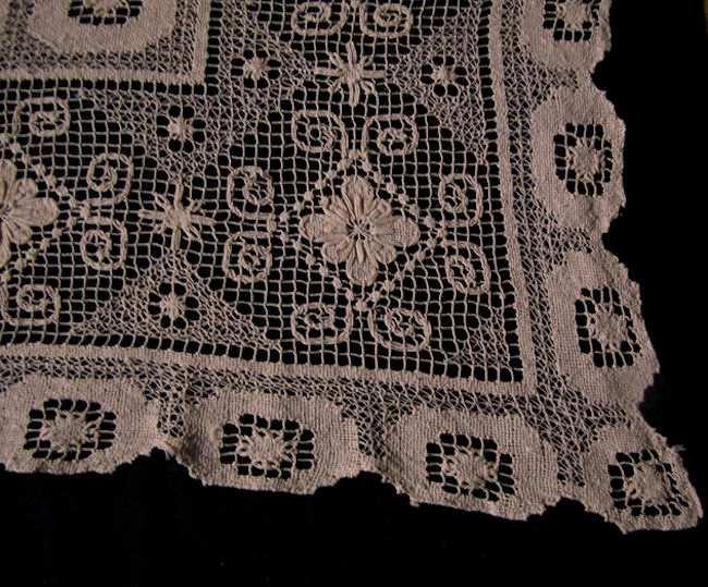 close up 2 vintage geometric lace tablecloth