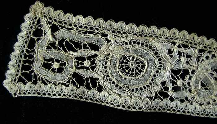 close up 4 Victorian antique handmade Brussels lace high collar
