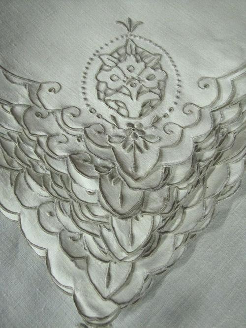 lace on vintage linen dinner napkins