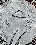 vintage table runner dresser scarf figural appenzell lace