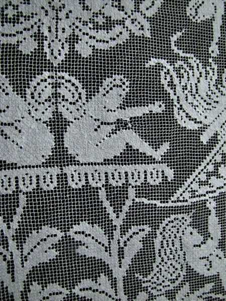 close up 4 vintage antique handmade figural lace table topper