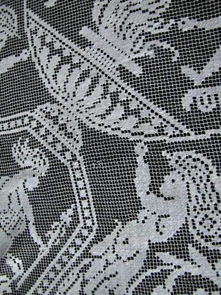 close up 5 vintage antique handmade figural lace table topper