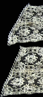 pair vintage antique Alencon lace cuffs
