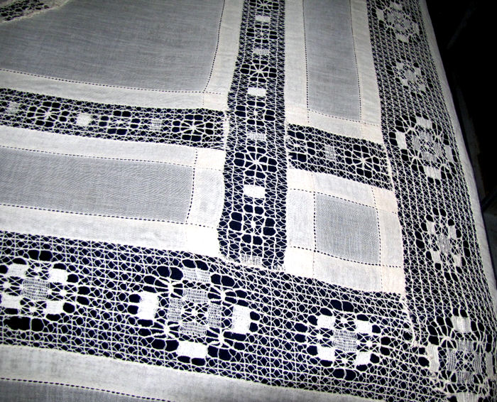 antique bedspread coverlet handmade lace stripes