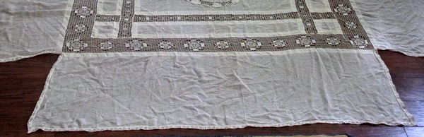 antique bedspread coverlet bottom