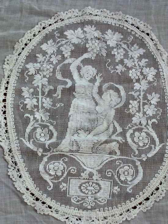 antique bedspread coverlet close-up figural lace