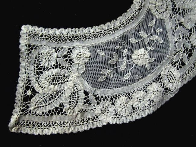 close up 2 vintage victorian antique Brussels lace collar
