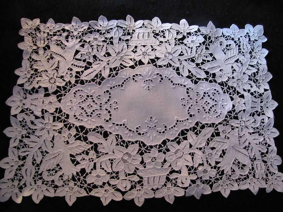 set vintage antique placemats handmade figural reticella needle lace