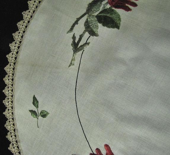 close up 3 vintage antique linen table topper society silk embroidery