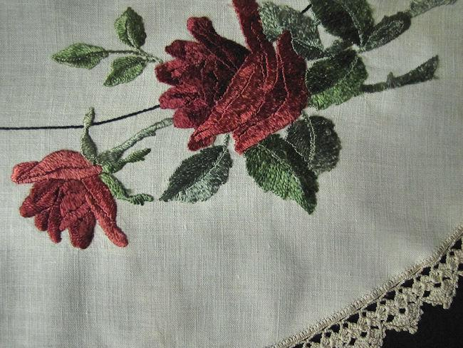 close up 4 vintage antique linen table topper society silk embroidery