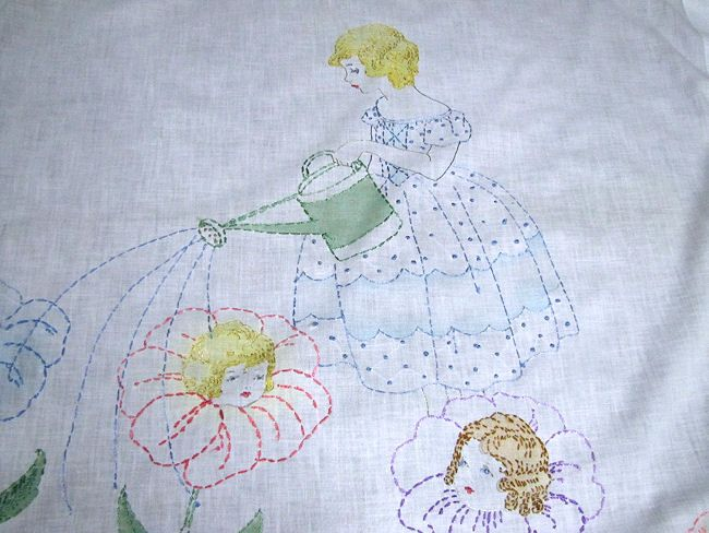 close up 2 vintage little girl's bedspread