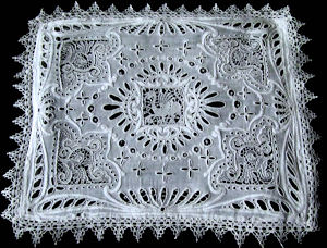vintage handmade figural lace pillow cover