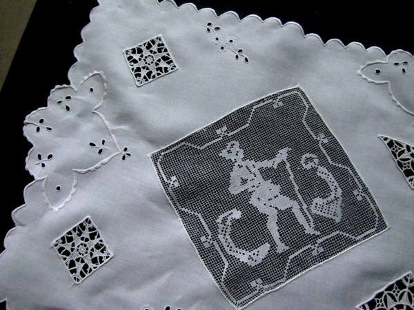 close up 1 vintage white linen table runner dresser scarf with handmade figural lace