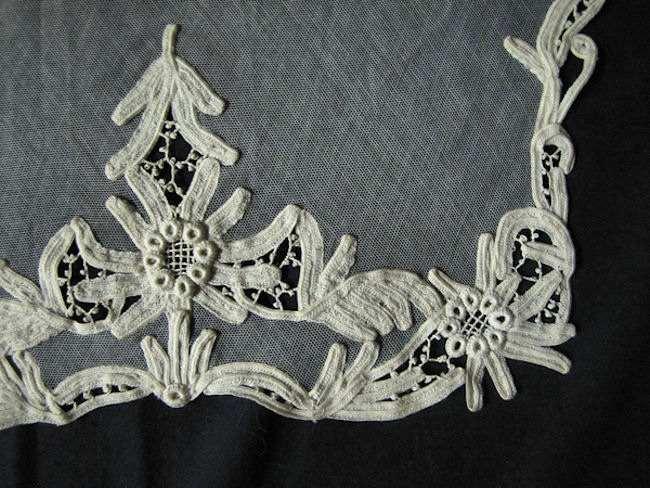 close-up antique net lace collar